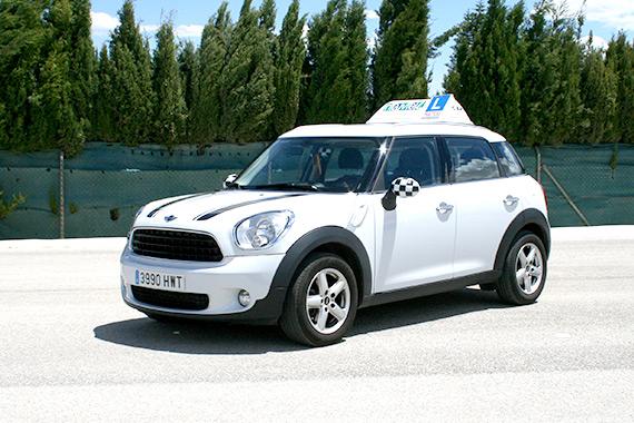 mini-novel2-autoescuelas-570